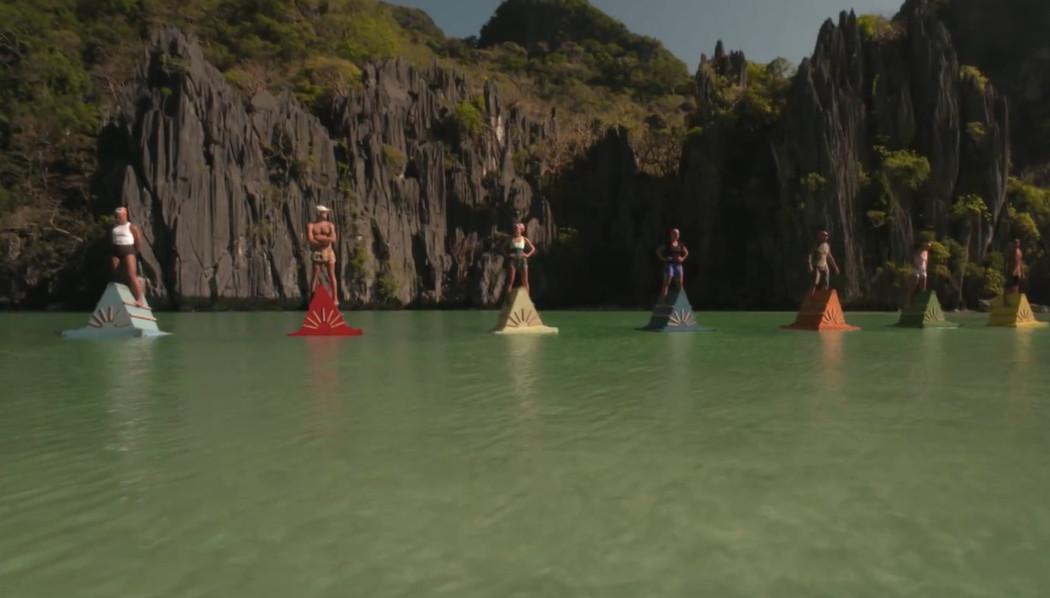 Испытание на плавучих пирамидах
